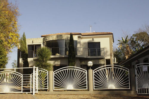 Bethel Holiday Homes Oudtshoorn